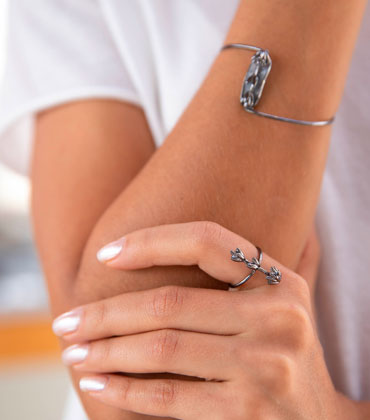 Braceletes e Anéis Lavanda - Coleção Jandaia - Plume Acessórios
