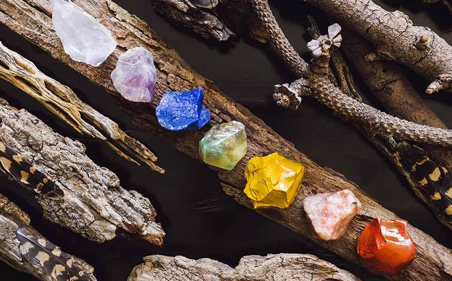 poder das pedras dos chakras