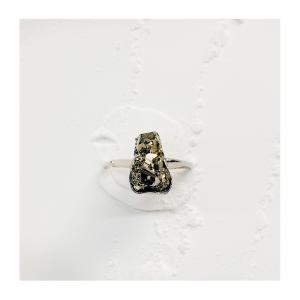 anel-pirita-plume-acessórios